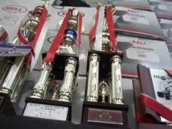 CORSA RACING TEAM 活躍されたドライバー達のトロフィー