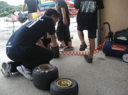 抽選で頂いたタイヤの組み付け